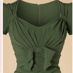 NWT Stop Staring PLUS SIZE green bow dress